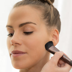 Flawless Liquid Foundation application with Buffing Brush