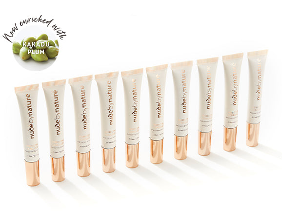 Perfecting concealer group shot