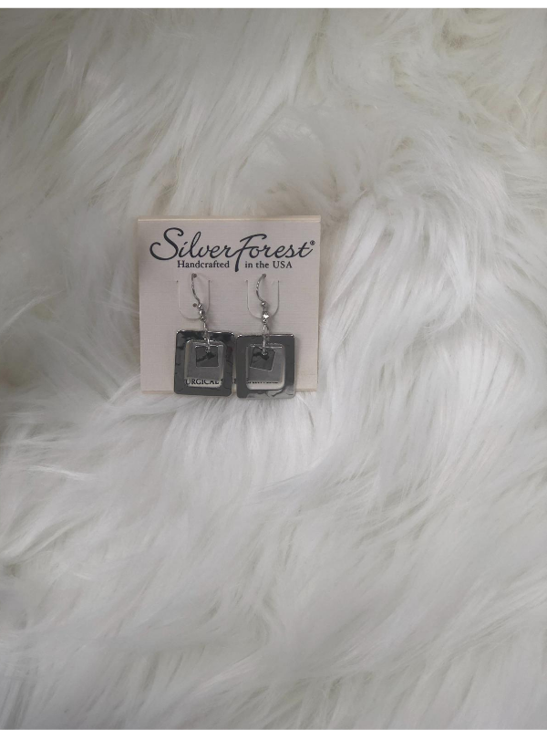 3 sizes of square shape silver earrings