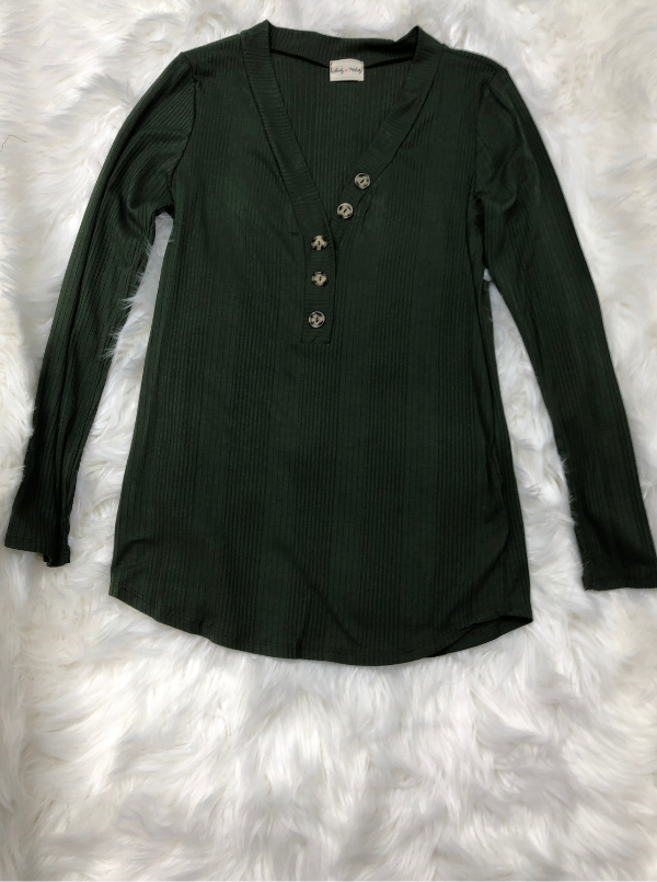 Olive top for any occassion