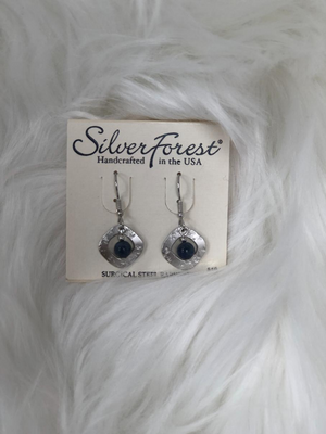 2 piece dangle square silver earrings with blue stone