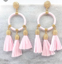 Load image into Gallery viewer, Summer Raffia Earrings