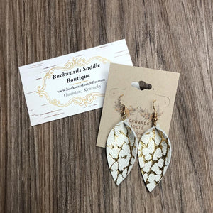 Mini Basic Petal Earrings