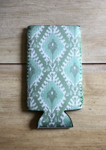 Green IKat Slim Can Drink Hugger