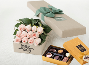 12 Pastel Pink Roses & Gold Godiva (6PC) Chocolates