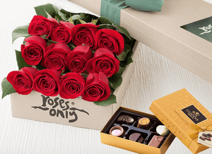 Mother's Day 12 Red Roses & Gold Godiva (6PC) Chocolates
