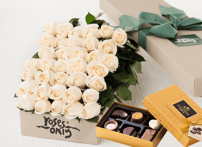 Mother's Day 36 White Cream Roses & Gold Godiva (6PC) Chocolates