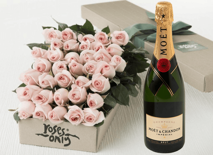 36 Pastel Pink Roses Gift Box & Champagne