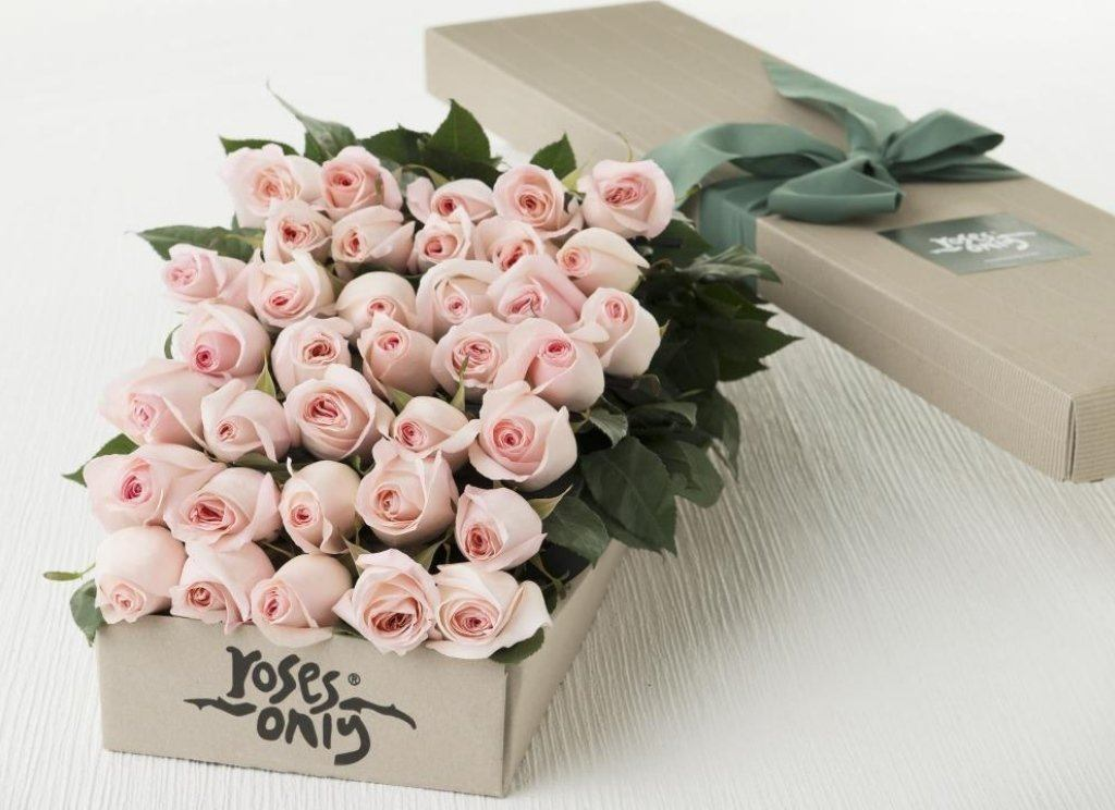 Mother's Day 36 Pastel Pink Roses Gift Box