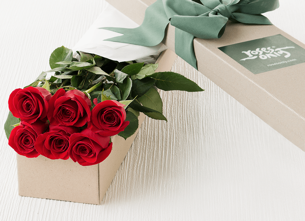 6 Red Roses Valentines Gift Box