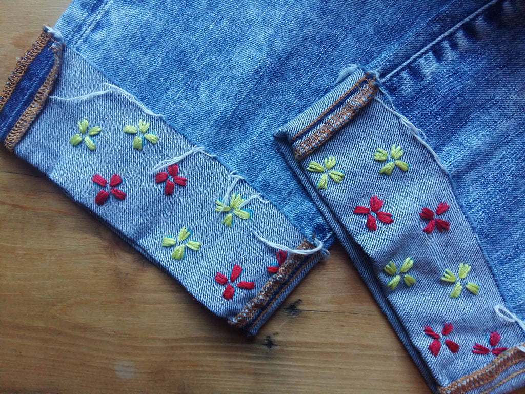 How to embroider on denim with flowers