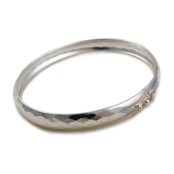 925 Sterling Silver Wide Oval Diamond Cut Bangle
