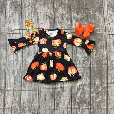 Girls Fall black Pumpkin Print dress with accessories