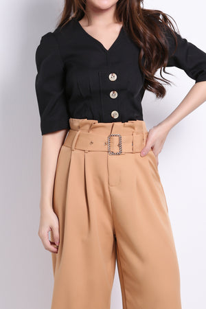 Front Button Top 8946