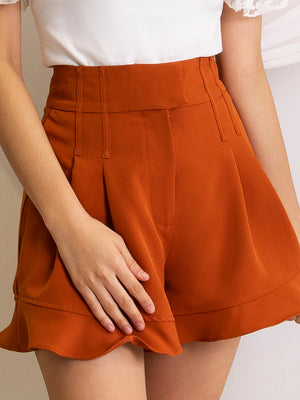 Pleated Short Pants