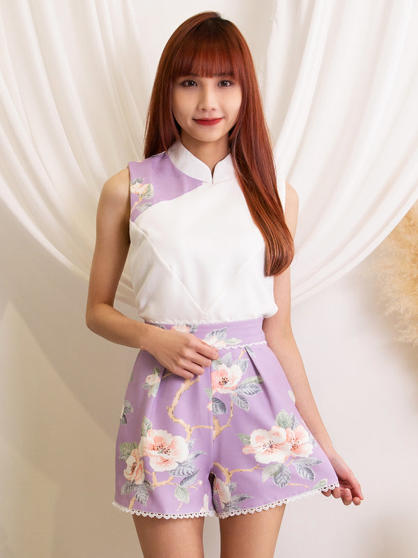 Sleeveless Top With Flower Short Pants Set
