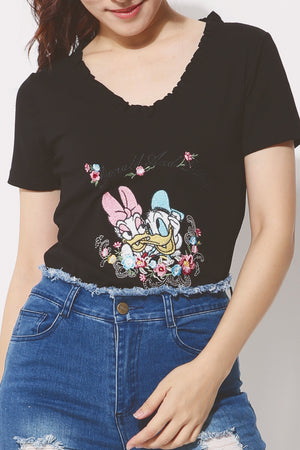 Frill Trim Graphic Tee (Donald and Daisy) 4252 - ample-couture
