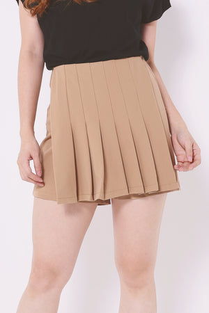 Pleated Overlay Shorts 4584 - ample-couture