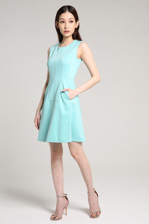 Plain Flare Dress 2001 - ample-couture