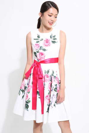Floral With Ribbon Skater Dress 1542 White / S Dresses