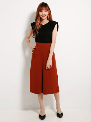 Fake Side Button Knee Length Pants 13304