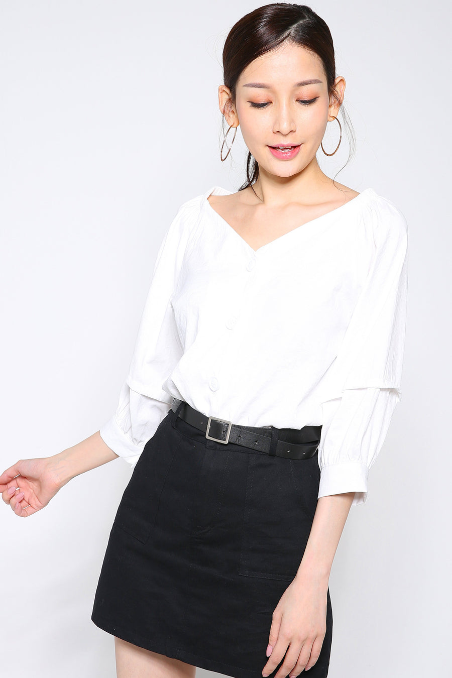 Button Top 2630