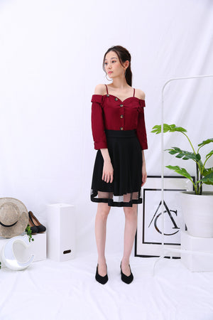 Button Top 2841 Red Tops