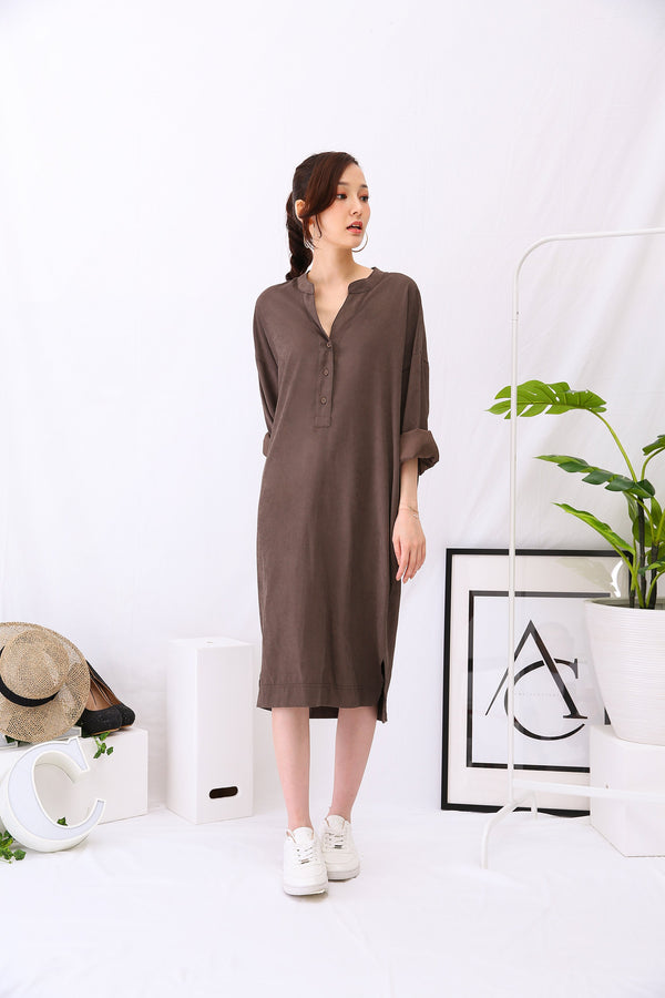 Button Dress 3000 - ample-couture