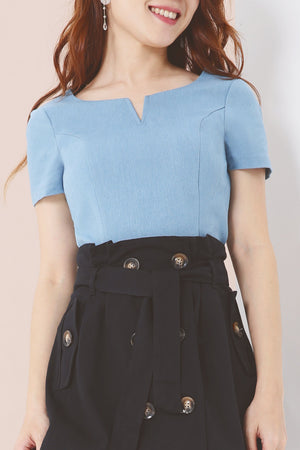 Basic Denim Top 3879 - ample-couture
