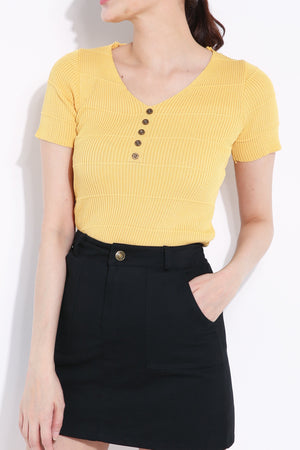 Front Button Top 6852A
