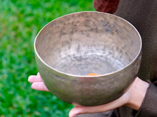 Old 'Tara' Singing Bowl - Base Note C#(140 Hz )