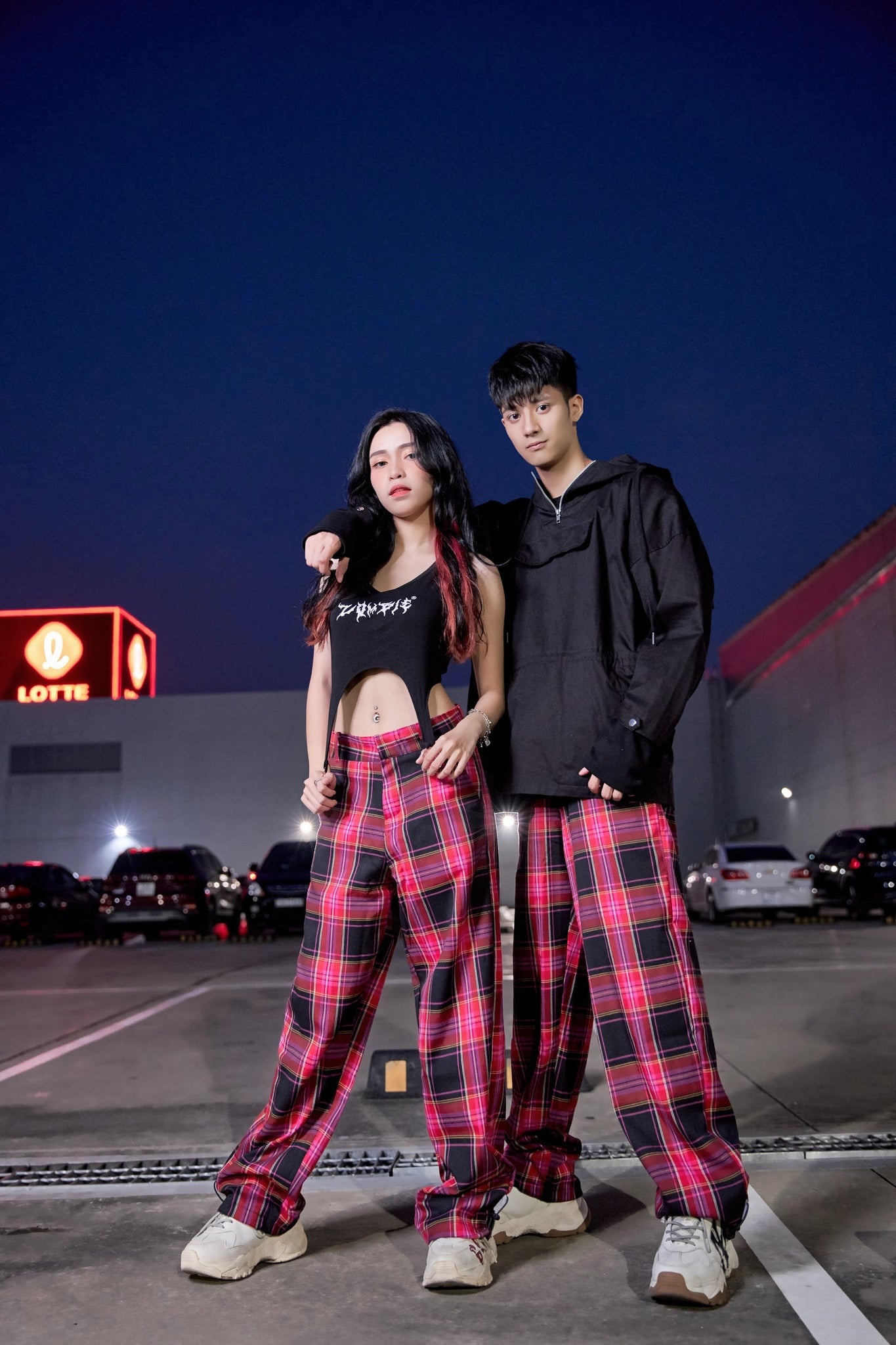 FLANNEL STRAIGHT FIT PANTS - RED