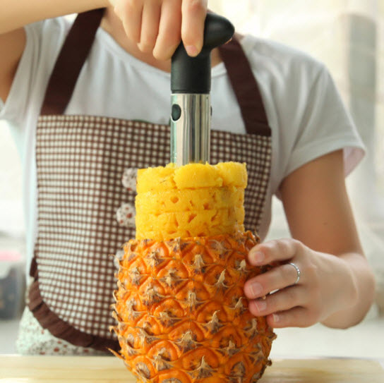 Easy To Use Stainless Steel Pineapple Corer Kitchen Tool