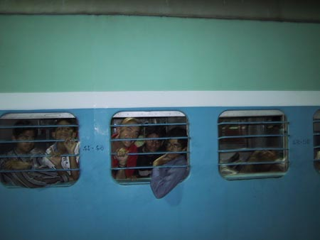 Australian Cricket Tours - Our First Adventure On Indian Railways In 2001, From Mumbai To Nagpur