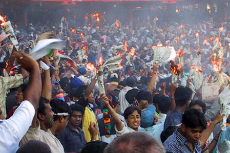Australian Cricket Tours - The Indian Crowd Sets Paper Alight After Victory At Eden Gardens, Kolkata During The 2nd Test Match Between Australia vs India 2001