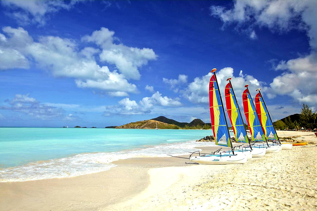Australian Cricket Tours - One Of Antigua's Amazing 365 Beaches