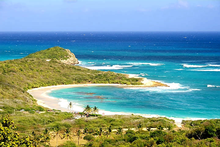 Australian Cricket Tours - It's A Beautiful Day In Antigua, Most Every Day, Especially Half Moon Bay