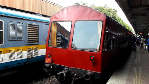 Australian Cricket Tours - The Observation Car Of The Train From Colombo Fort To Kandy