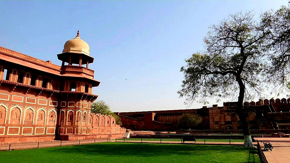 Australian Cricket Tours - Mughal Empire Archtitecture, Such As Red Fort, Can Be Enjoyed Across New Delhi   India