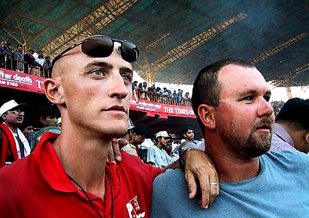 Australian Cricket Tours - Luke 'Sparrow' Gillian And Darren Moulds Look Dejected And Forlorn After Australia Lost At Eden Gardens, Kolkata, The 2nd Test Match Between Australia vs India 2001