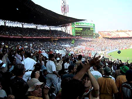 Australian Cricket Tours - Australian Cricket Supporters Dodging Missiles Thrown At Them At Eden Gardens, Kolkata During The 2nd Test Match Between Australia vs India 2001
