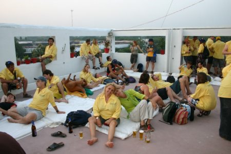 Australian Cricket Tours - Some Of The Lucky People That Joined Our Australian Cricket Tour To India In 2004 Celebrating On The Rooftop Of The Heritage Hotel, Australia Winning The Border Gavaskar Trophy In India For The First Time Since 1969   Nagpur   India