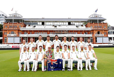 Australian Cricket Tours - On Our Australian Cricket Tour For The Ashes Series In England 2019, Luke 'Sparrow' Gillian Was Lauded By The Australian Cricket Team For Watching 200 Test Matches Around The World. Here, Luke Is Included In The Team Photo On The Field At Lord's Cricket Ground In Front Of The Pavilion. Luke Should Be Nearing 250 Test Matches On Australia's Ashes Test Cricket Tour To England 2023