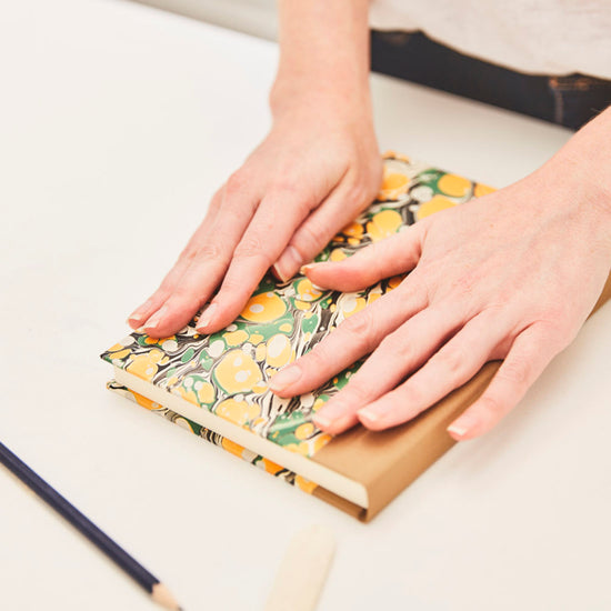 ONLINE Bookbinding workshop with Freya