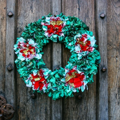 Rag Rugging Christmas Wreath