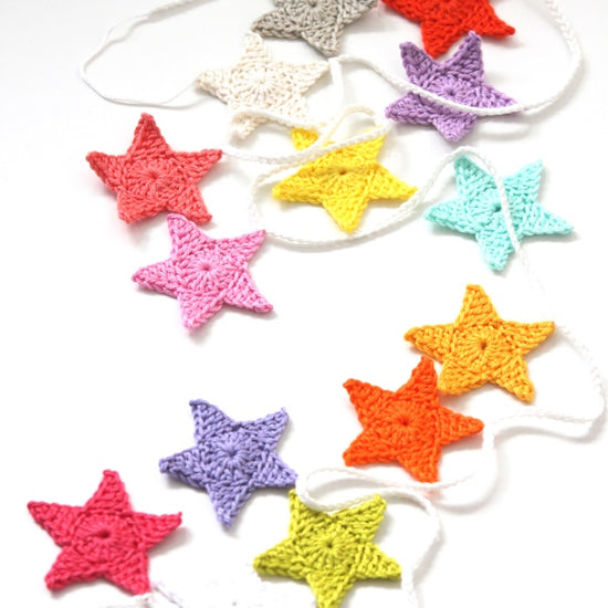 Beginners Crochet - Crochet a Star Garland
