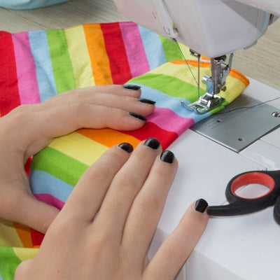 Learn How to use a Sewing Machine - Central London\'s Sewing School ...