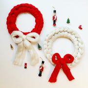 Arm Knitting Wreaths Beginners Arm Knitting KnittingClassesinLondonand Virtual Beginners Christmas Workshops