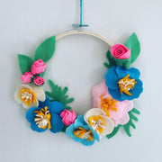 WEB Learn how to Make a Spring Felt Flower Wreath Covent Garden with Couture Craft 2