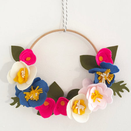 Beautiful Felt Flower Spring Wreath | Mothers Day